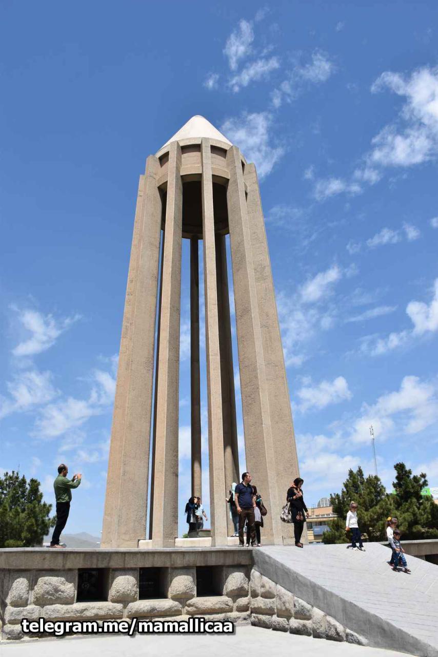 مقبره ابو علی سینا